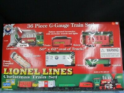 Lionel RC Christmas Train Set 7-11357 36 piece g scale