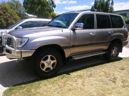 Toyota landcruiser gxl Coes Creek Maroochydore Area Preview