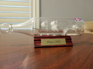 GLASS SHIP IN A BOTTLE LA PINTA 1492 COLUMBUS FLEET FROSTED SAIL