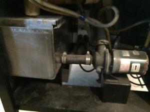 Dol-Fyn under counter dishwasher Gatineau Ottawa / Gatineau Area image 4