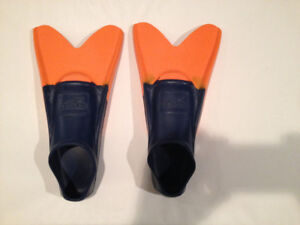 Kid's Speedo Swim Fins Flippers (Size 3 /4 or XS)