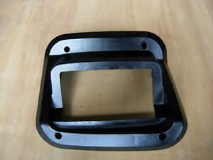 OBS Ford 4x4 MANUAL SHIFT LEVER PLASTIC BEZEL