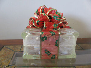 "Glass Block ""Christmas Presents"""
