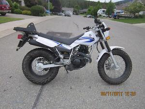 Yamaha TW200 Motorcycle