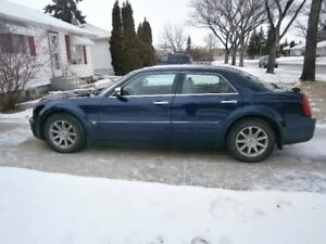 2005 Chrysler 300C Part trade or Cash Loaded Auto Start