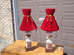 Pair of table lamps London Ontario image 1