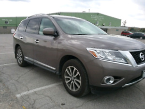 2013 Nissan Pathfinder SL  with Premium Package
