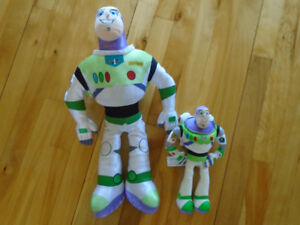 Robot en tissu /toy story , buzz l éclair/Lightyear  Andy (2)
