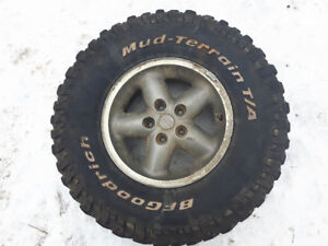 Jeep rims and 31s