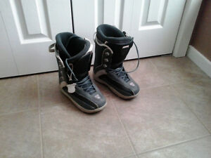 Firefly size 6.5 men's snowboard boots