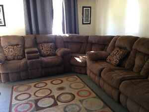 Large Ashley furniture reclining SECTIONAL for sale Sarnia Sarnia Area image 5