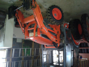 — SALE PENDING — Kioti CK30. Loader Tractor with Cab 4WD