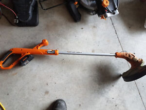Cordless weed wacker whipper snipper trimmer