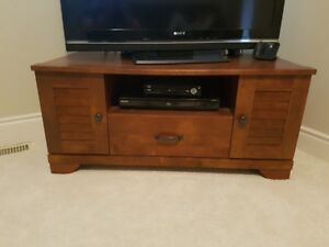 TV Stand - like new!