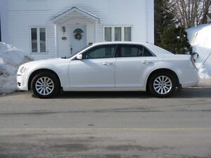 2011 Chrysler 300-Series Touring Berline