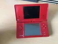 Nintendo dsi comes with holding pouch and 18 games (GOOD CONDITION)