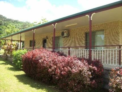 RURAL RETREAT Strathdickie Whitsundays Area Preview