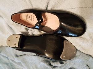 Capizio tap shoes - size 9