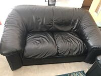3 seater and 2 seater leather sofa brand new as well as 4 free pillows
