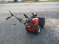Toro Model 521 Snow Blower in Excellent Condition
