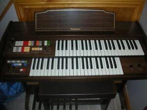 E 10 L Technics Piano/Organ with Bench - $200
