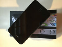 Iphone 4 8 GB Black Mint Condition