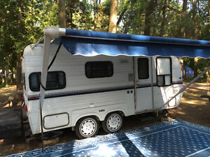 1989 Gypsy 18 foot Travel Trailer