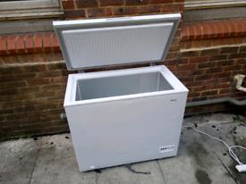 192 L chest Freezer