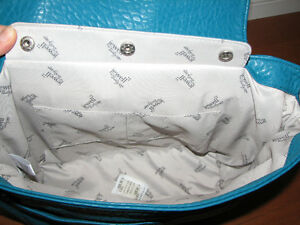 Fashion Week Purse Kitchener / Waterloo Kitchener Area image 2