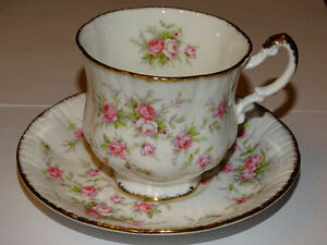 Paragon Victoriana Rose Cup and Saucer, Excellent Condition London Ontario image 1