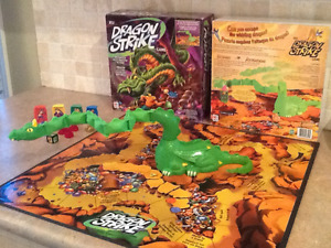 2002 dragon strike board game by milton bradley. Vgc!