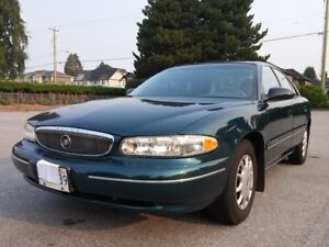 ***** LOW MILEAGE 94,500 km Buick Century Custom Sedan *****