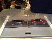 Maisto DieCast Cars + Display Cases 25$ ea or 45$ for both
