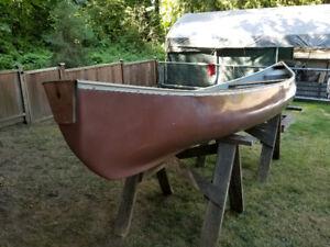 15.5 cargo canoe