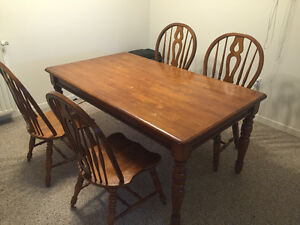 Solid Wood Dining Room Table w/ 4 Chairs **PRICED TO SELL**