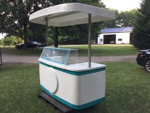Ice Cream kiosk  Great summer business Dippin Dots - Trade? London Ontario image 2