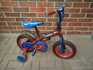 BARELY USED SPIDERMAN BIKE - WITH TRAINING WHEELS