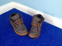 Size 4 brown women's boots