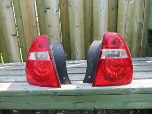 Lumières arrière pour Malibu 2006