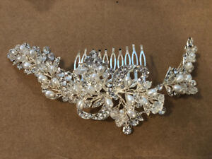 Hair accessory silver with crystals and white pearls