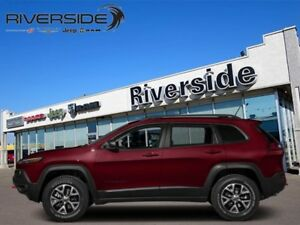 2017 Jeep Cherokee Trailhawk  - Sunroof - Navigation