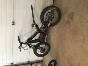 "20"" Electric Oset Trials bike"