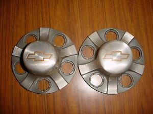 2001 Chevy Sonoma S10 Hub Caps!