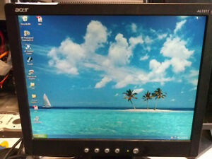 Monitors For Sale $5.00 or less per monitor London Ontario image 6