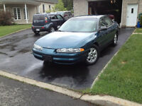 oldsmobile intrigue 2002 en bonne condition