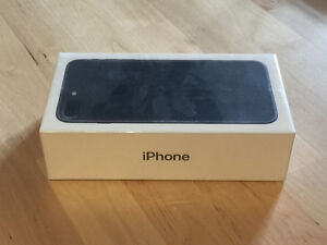 Sealed and brand new iPhone 7 PLUS 128 GB matte black