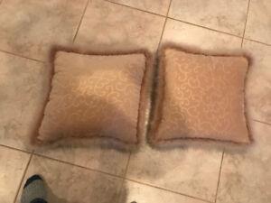 decorative pillows/afgans 5$ each
