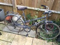 Raleigh Rhapsody Ladies Town Bike with Dutch style handle bars.freeLock/Lights/Delivery