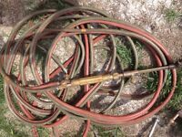 Oxygen/acetylene cutting torch and hose