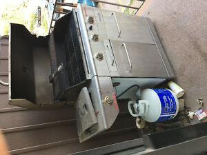BBQ wiTh propane tank and propane